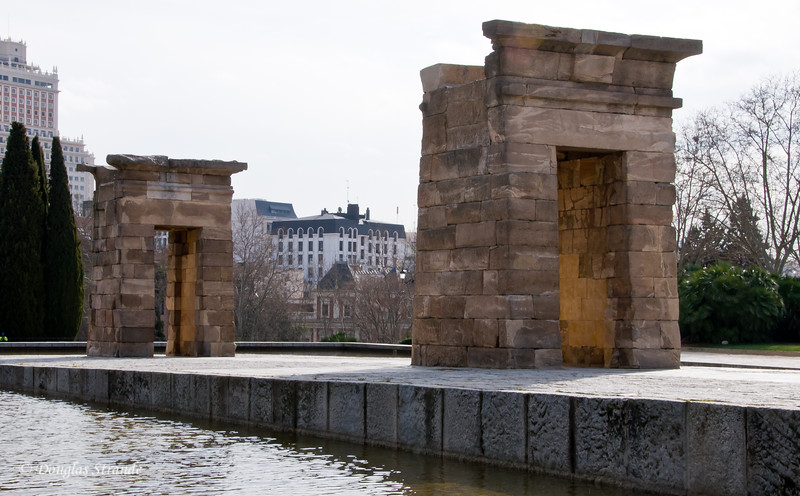 Tue 3/08 in Madrid: Egyptian Temple of Debod, a gift of thanks to Spain for helping to save archeological sites threatened by the Aswan Dam construction