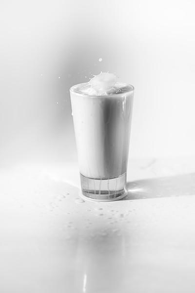 20200208-bw-milksplash-0220.jpg