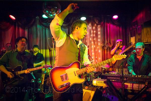 House Rockers Mountain Charleys - Nov 22, 2014