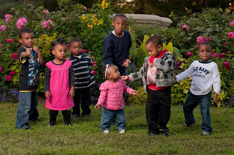 20110925-Peaches Family-6213.jpg