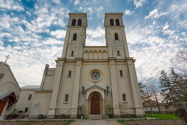 Capleni, biserica romano-catolica