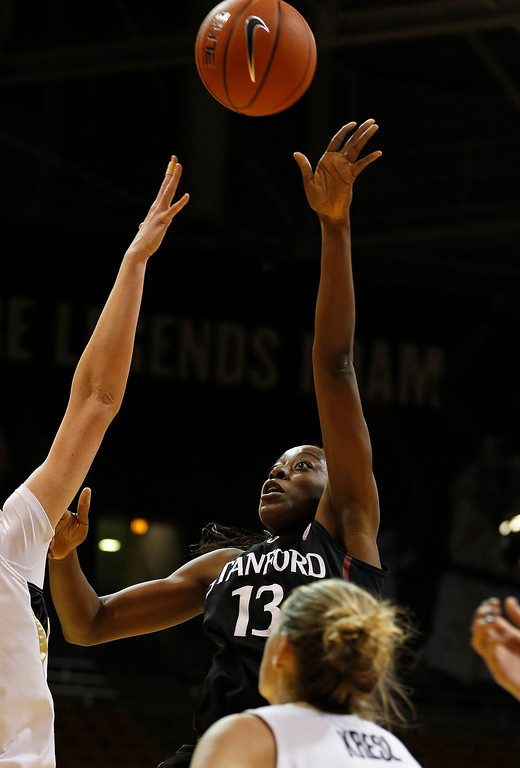 . Stanford\'s Chiney Ogwumike shoots against Colorado during the first half of an NCAA college basketball game, in Boulder, Colo., Sunday, Jan. 12, 2014. Stanford won 87-77. (AP Photo/Brennan Linsley)