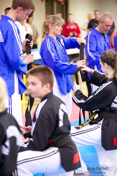 Lake Zurich Taekwondo testing photos by Rudy DeSort Photography