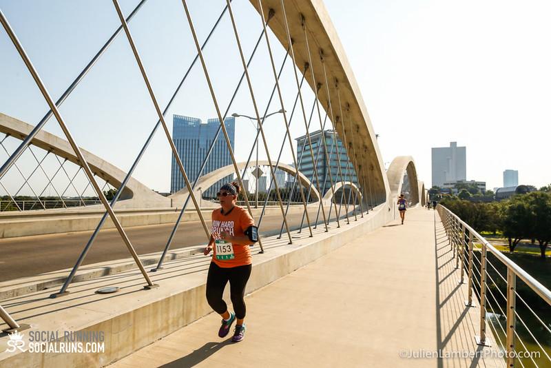 Fort Worth-Social Running_917-0565.jpg