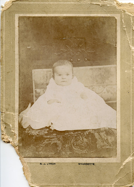 my dad Norman Rutkowske baby picture 1908.jpg