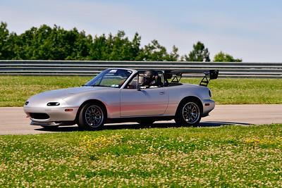 2019 SCCA TNiA June Pitt Race Nov Silver MX5