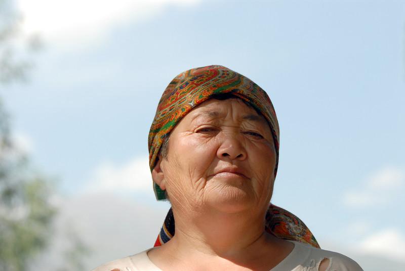 060725 2280 Kyrgystan - Lake Issuk-Kul - Sanatorium _D _E _I ~E ~L.JPG