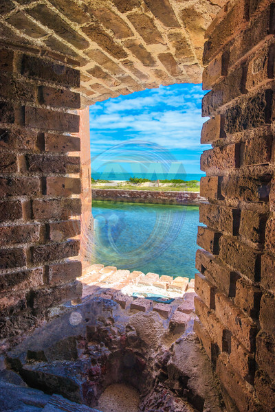 Fort Jefferson Cannon Port.jpg