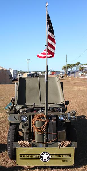 M9-Props-Pistons_3139-Jeep-flag.jpg