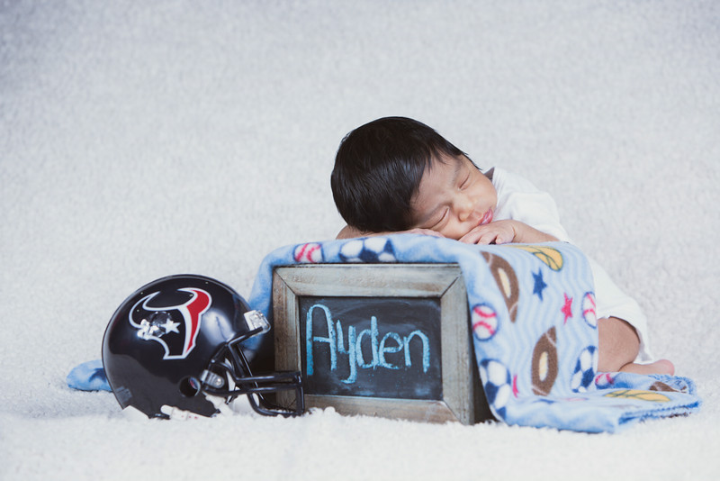 baby-ayden-new-born-portrait_0169.jpg