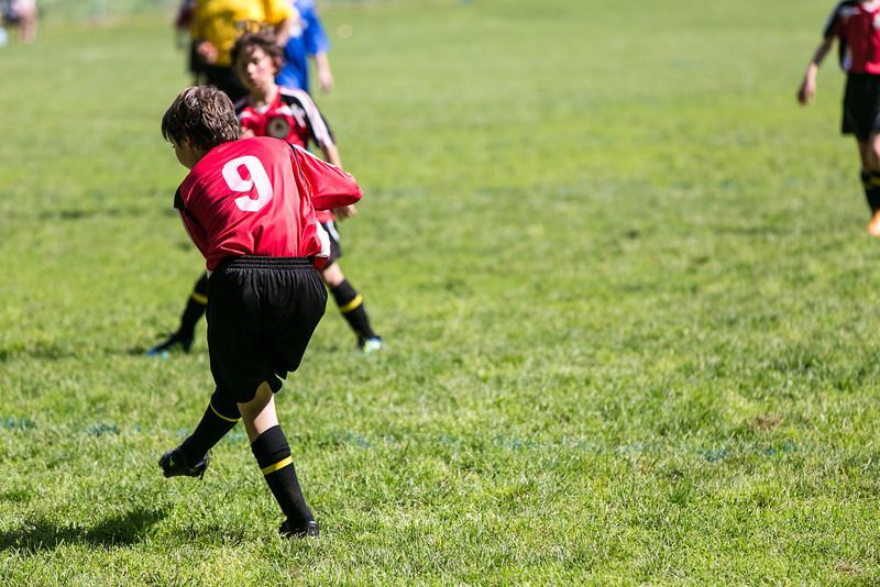 amherst_soccer_club_memorial_day_classic_2012-05-26-00343.jpg