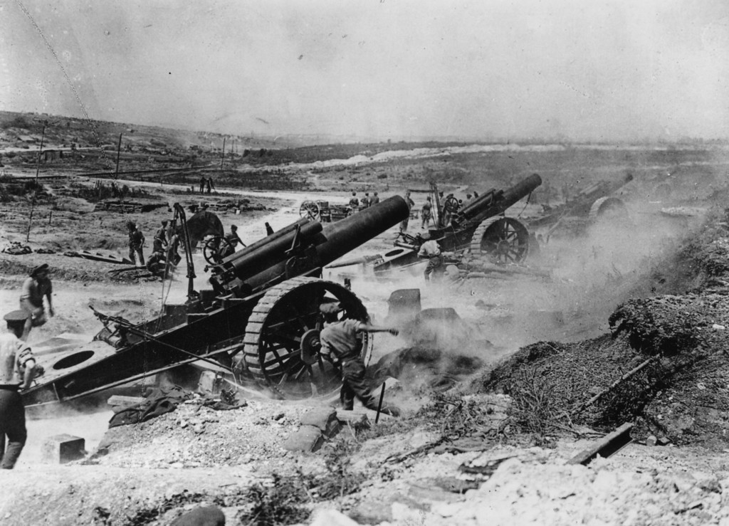 . Battle of the Somme, France. The 39th Siege Battery artillery in action in the Fricourt-Mametz Valley.   (Photo by Hulton Archive/Getty Images)