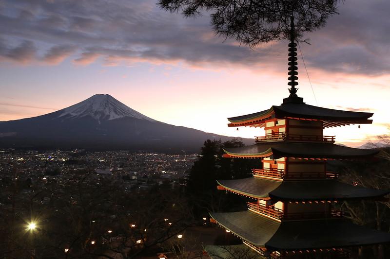 Mt Fuji & the Chureito Pagoda at dusk