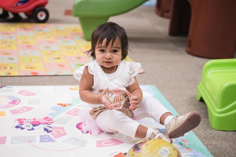 Raynaa 1 year old party-91.jpg