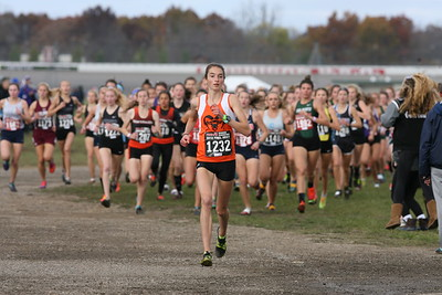 D1 Girls at 500 Meters - 2018 MHSAA LP XC Finals