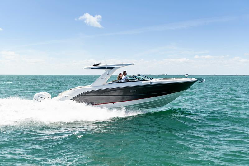 2020-SLX-R-310-outboard-running-1.jpg