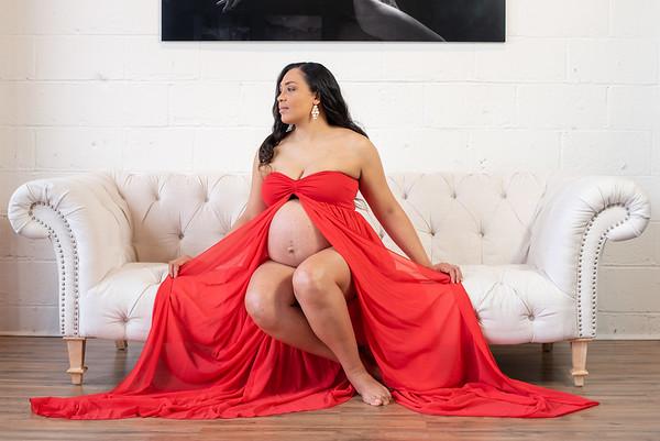 Maternity Janelle