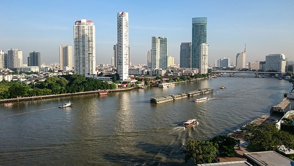 Riverside - Chao Phraya River