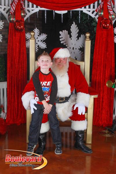 Santa 12-10-16-232.jpg