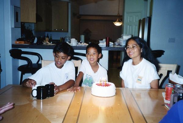 2001 - 10 - 13 - Kevins Birthday