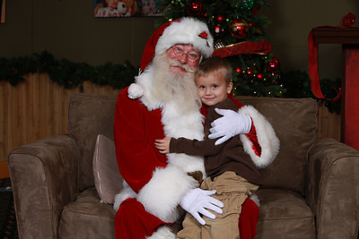 Santa Photos - Thurs Afternoon 2:30pm to 6pm