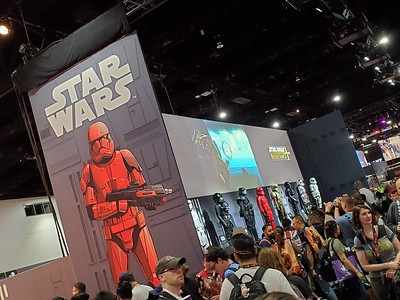 San Diego Comic-Con 2019 - Day 0 - Preview Day
