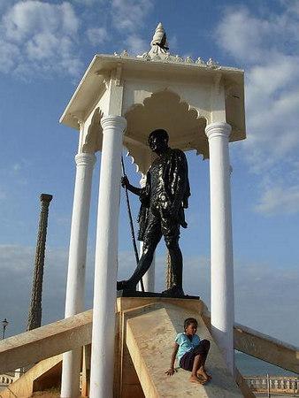 India: Pondicherry (2006)