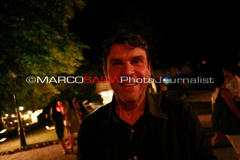 0168-ZooArt-03-2012.jpg