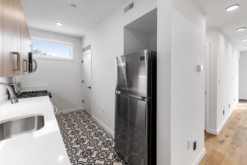 5 Yoav Shiiffman 6 units 438 Memphis Street-online-42.jpg