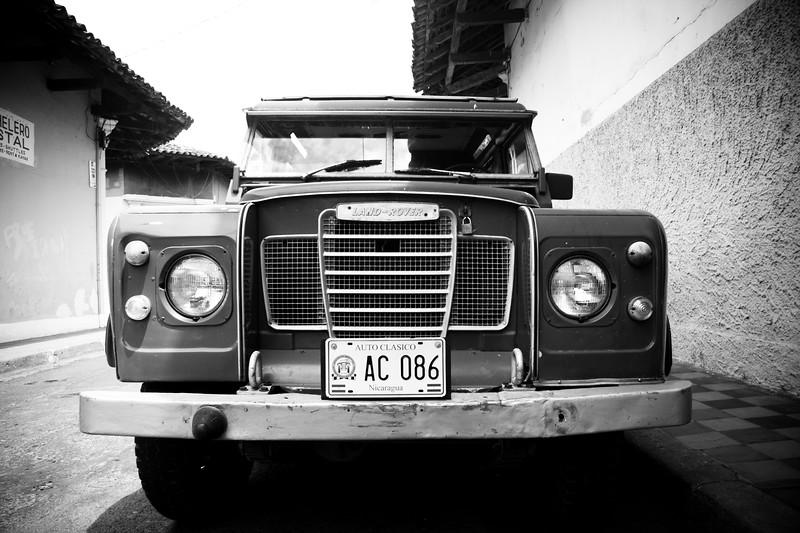 vintage-land-rover_4666989483_o.jpg