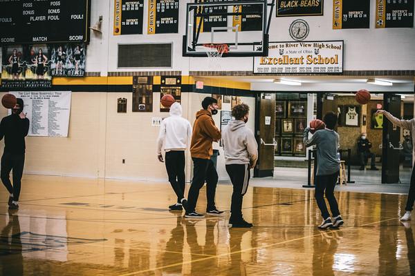 MHS Boys Basketball vs. River View