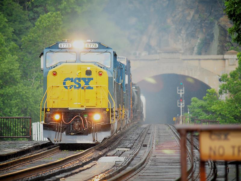 CSX 8778