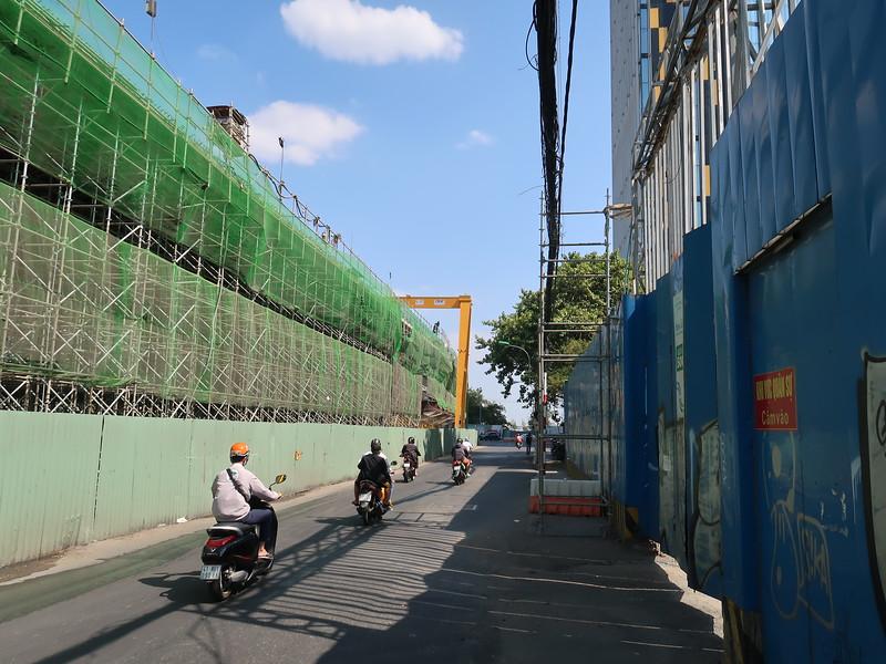 IMG_8938-thu-thiem-2-bridge-scaffolding.JPG