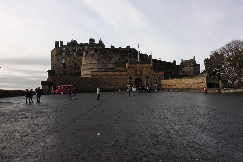 Edinburgh Castle_Edinburgh_Scotland_GJP02889.jpg