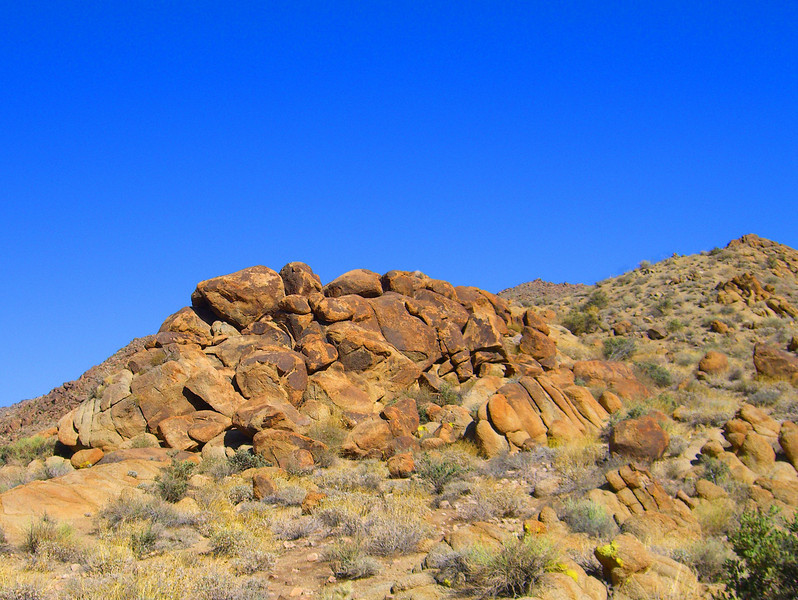 rock formations on hike.jpg