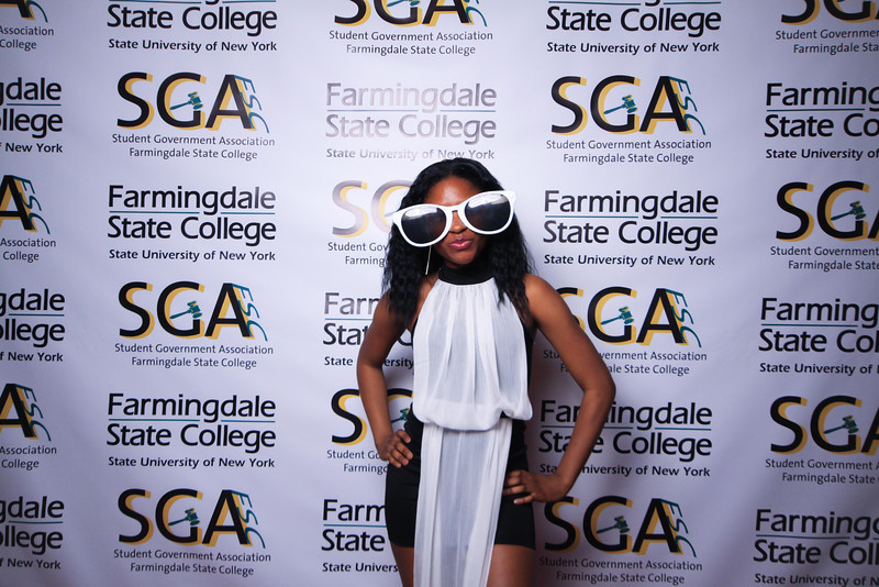 Farmingdale SGA-304.jpg