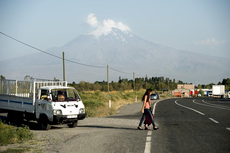 Armenian border -06.jpg