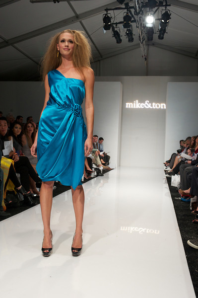 Fashion Week 2011 - Mike & Ton