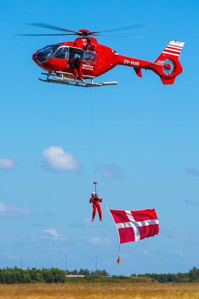 OY-HJR-EurocopterEC135T2-UniFly-KAR-EKKA-2014-06-22-_42B6560-DanishAviationPhoto.jpg