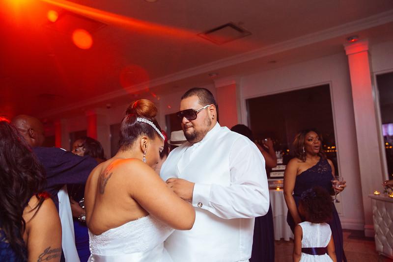 MER__1076_tonya_josh_new jerrsey wedding photography.jpg