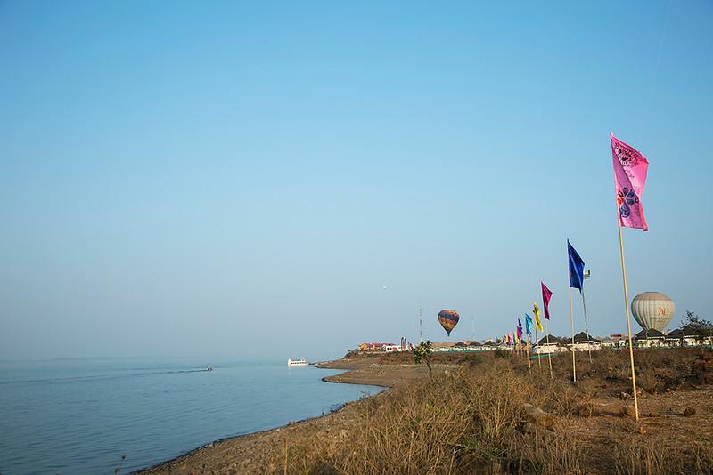 Narmada river s.jpg