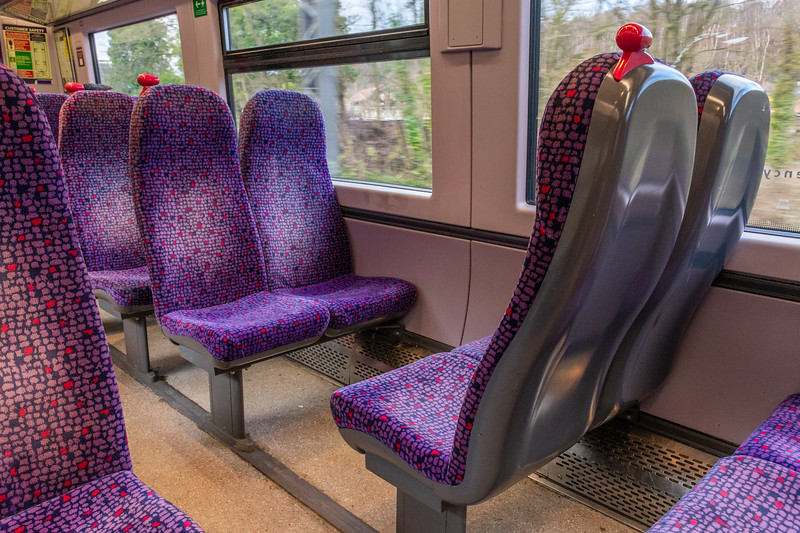 Class 333 - Northern Unrefurbished Interior