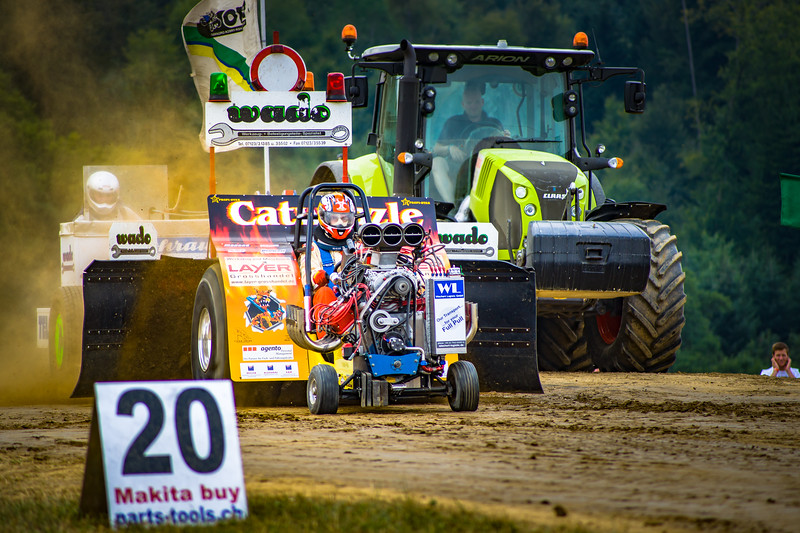 Tractor Pulling 2015-02238.jpg
