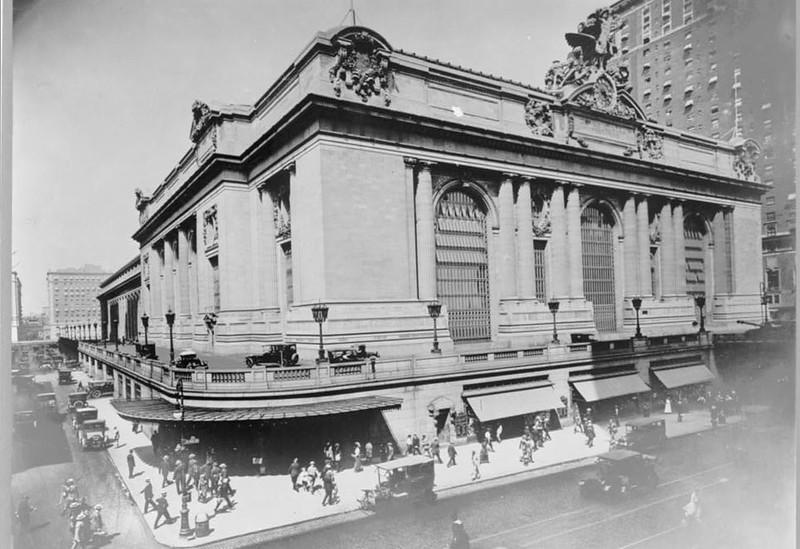 Grand Central Station - 1920.jpg