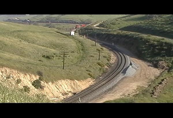 BNSF718_Tunnel2.mpg