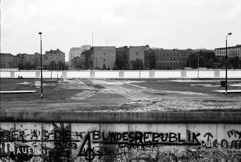 Berlin 1986 looking across no mans land to east Berlin