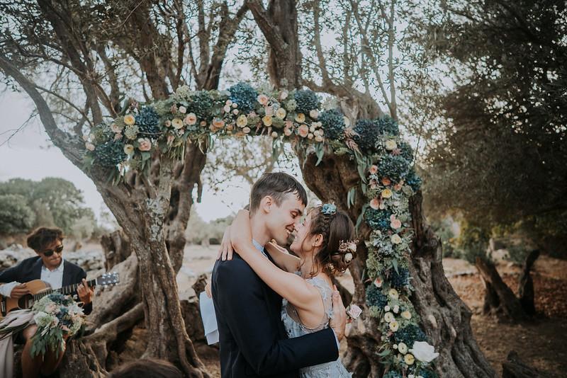 Tu-Nguyen-Destination-Wedding-Photographer-Naxos-Videographer-Claire-Nick-218.jpg