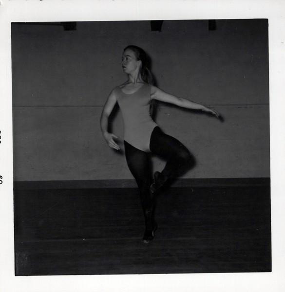 Dance_2854_a.jpg