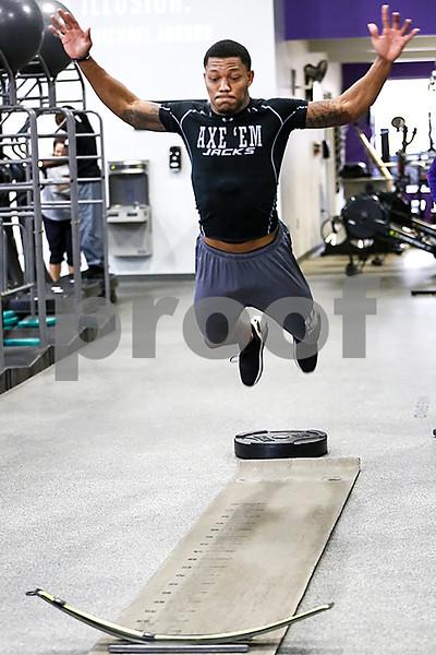 031617_NFL_Pro_Day_Training_Web_006