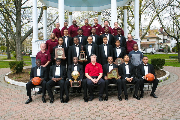 <html><font color = gold>New York State Champions In Tuxedos</font></html>
